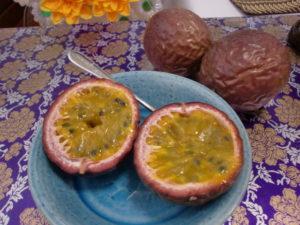 食べ頃パッションフルーツ